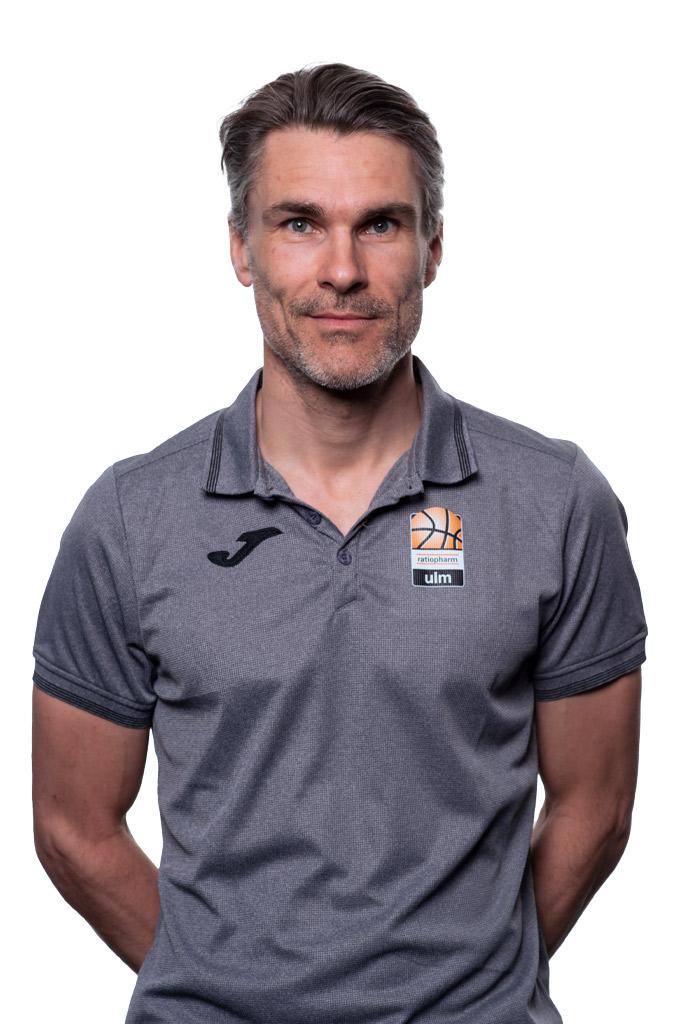 Dr. Daniel Dornacher
